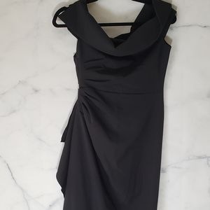 NWT - Vince Camuto Off the Shoulder Crepe Gown
